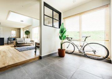 <9月OPEN>自転車とアウトドアを楽しむ大屋根の家